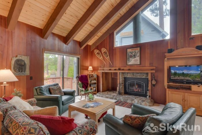 Grizzly Bear Cabin at Northstar Living Room
