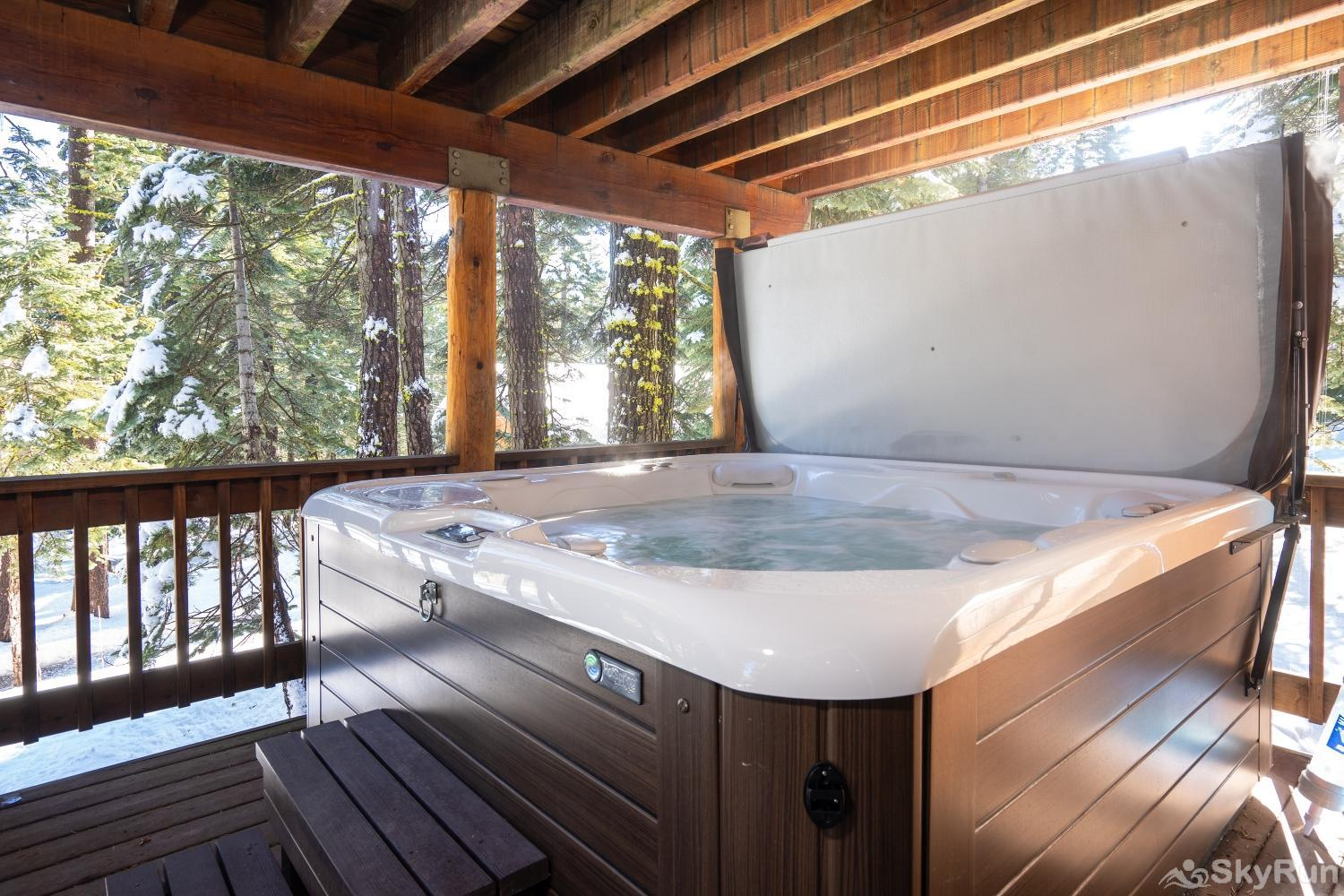 Talmont Ridge Retreat Hot Tub (lower level)